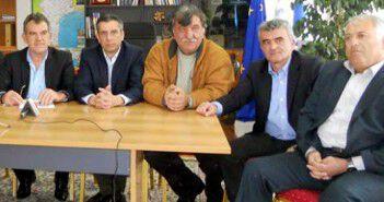 Ο Μ. Αδαμόπουλος δεξιά, με τον Δήμαρχο Μεσσήνης και άλλους αντιδημάρχους