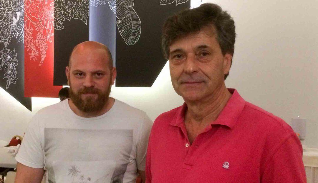 Ο Γραμματέας  Δημήτρης Ανδριανόπουλος (δεξιά) και αναπληρωτή του Αντώνης Τσώνης (αριστερά)