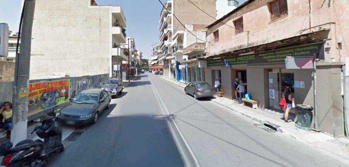"""Η στάση """"Παπαδάκου"""" στην οδό Αθηνών"""