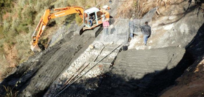 Έργα αποκατάστασης του οδικού δικτύου στην περιοχή της Αλαγονίας