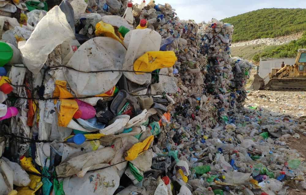 Πώς τα πλαστικά βλάπτουν τη Ζωή και το Περιβάλλον μας και γιατί η ανακύκλωση δεν είναι η λύση 2